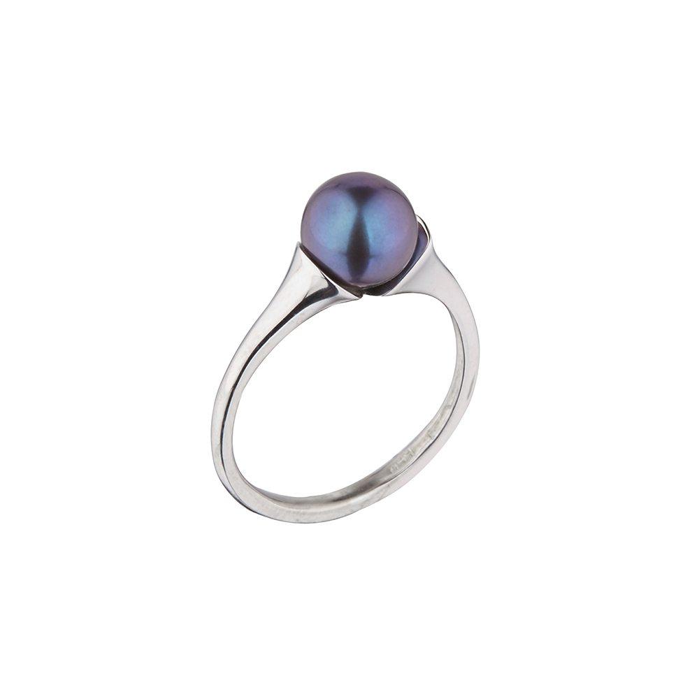 Elegant dark pearl ring