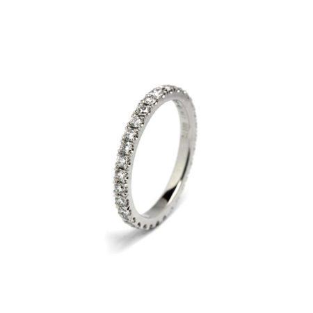 Castel 20 diamond band