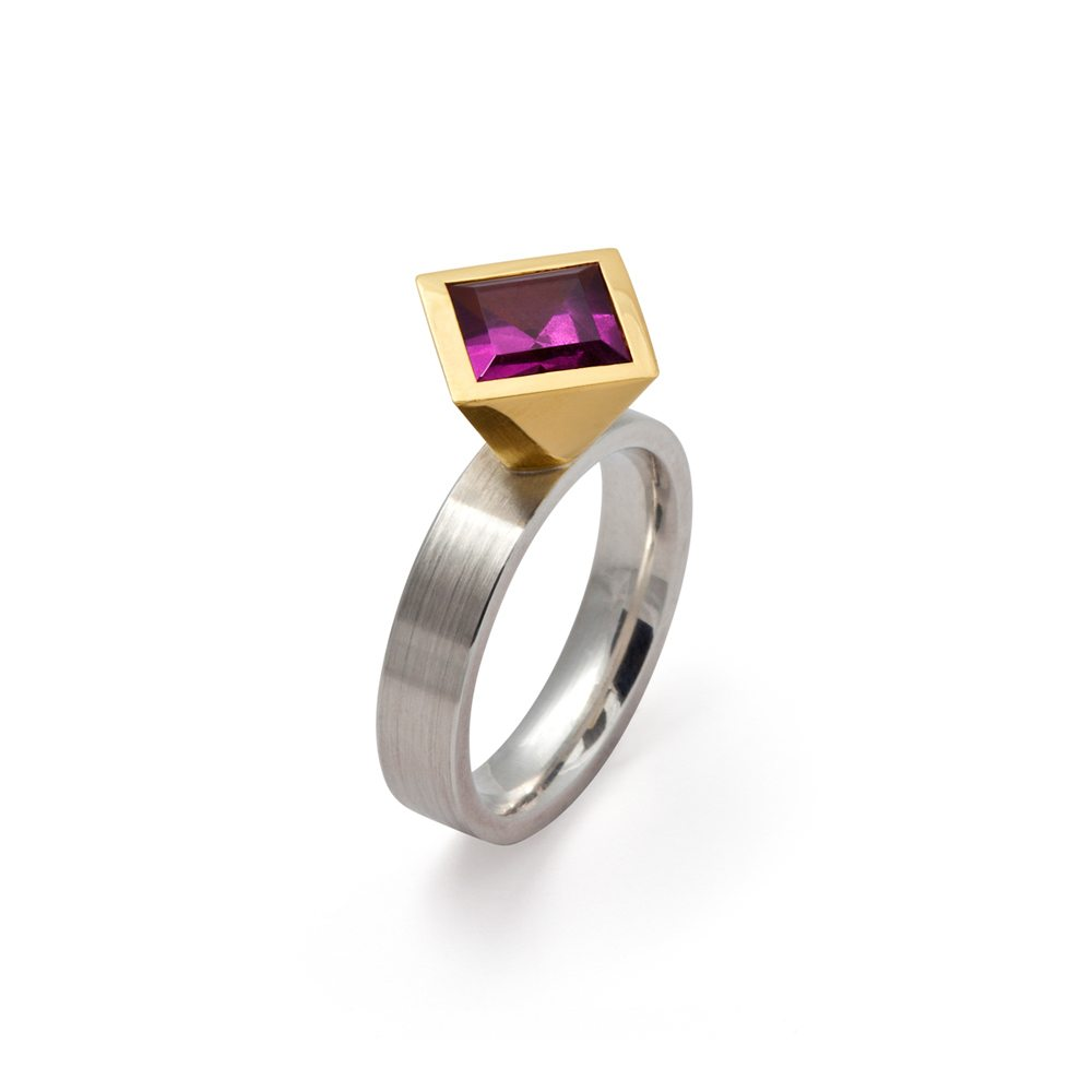 Cocktail ring - rhodolite garnet - two tone gold silver