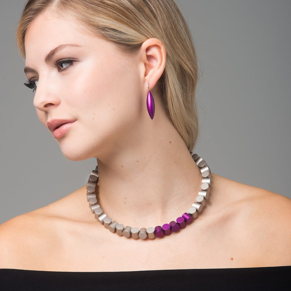 Cylinder neckpiece - grey and purple - Tulip drop earrings