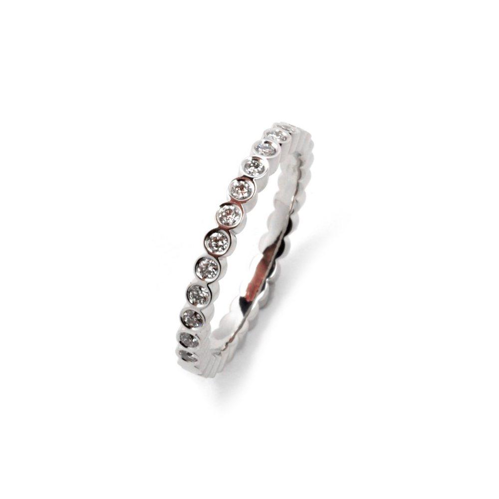 Diamond juliet round ring - white gold