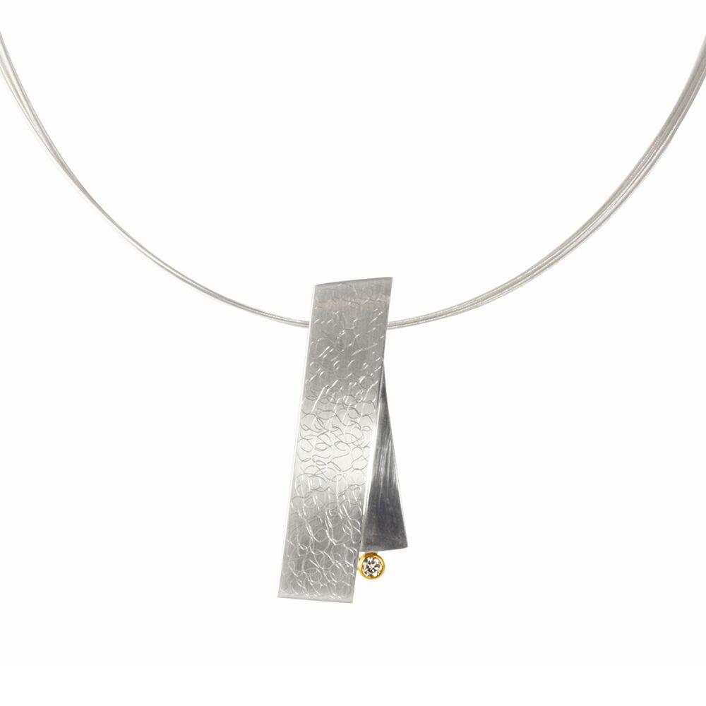 Eclipse large pendant - silver - detail