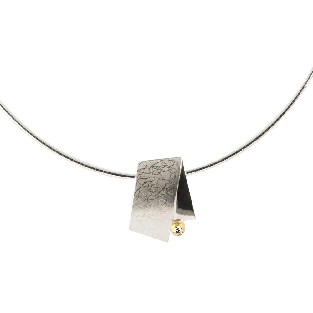 Eclipse small pendant - silver - detail