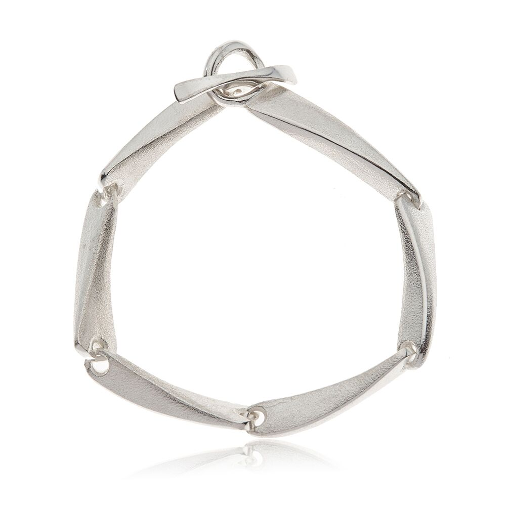 Flow silver linked bracelet