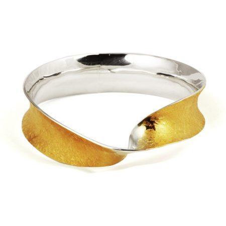 Golden_twist_bangle[1]