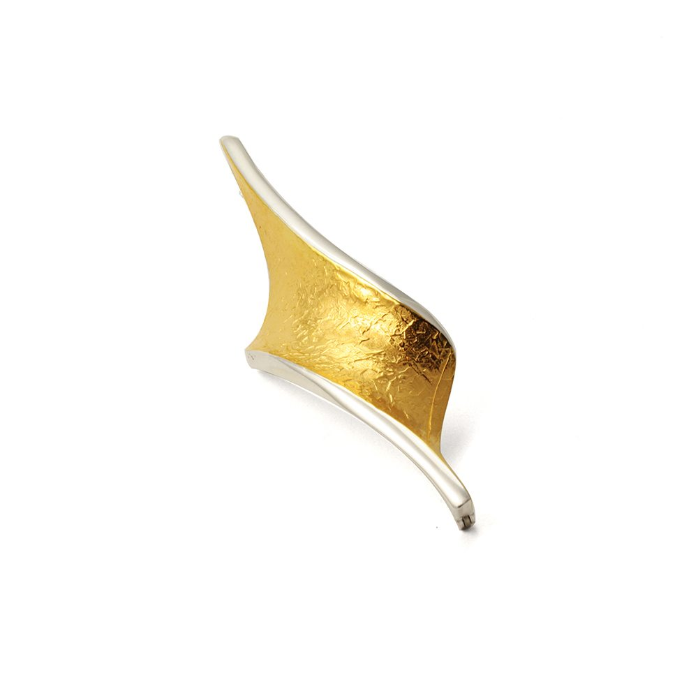 Golden_twist_brooch[1]