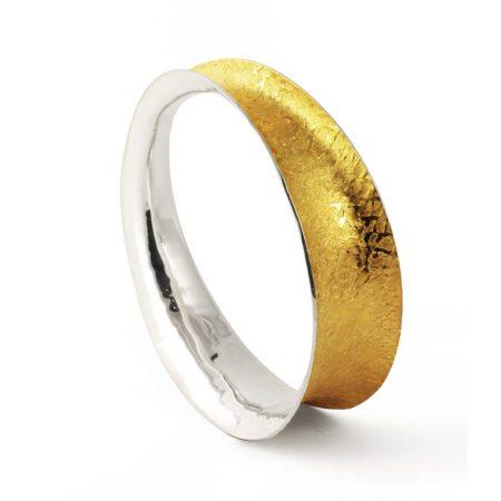 Golden_twist_oval_bangle_1[1]