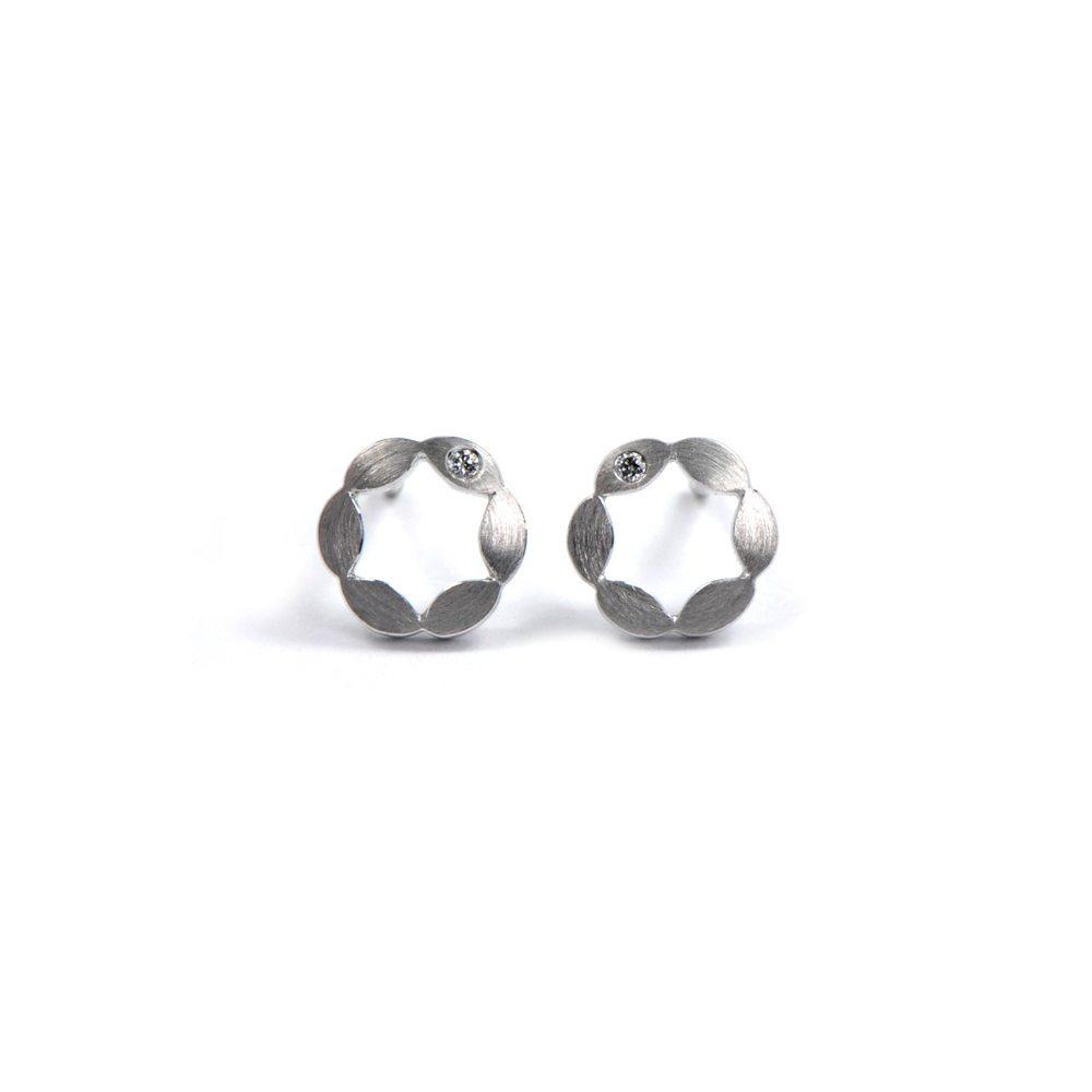 Juliet earrings single diamond - white gold