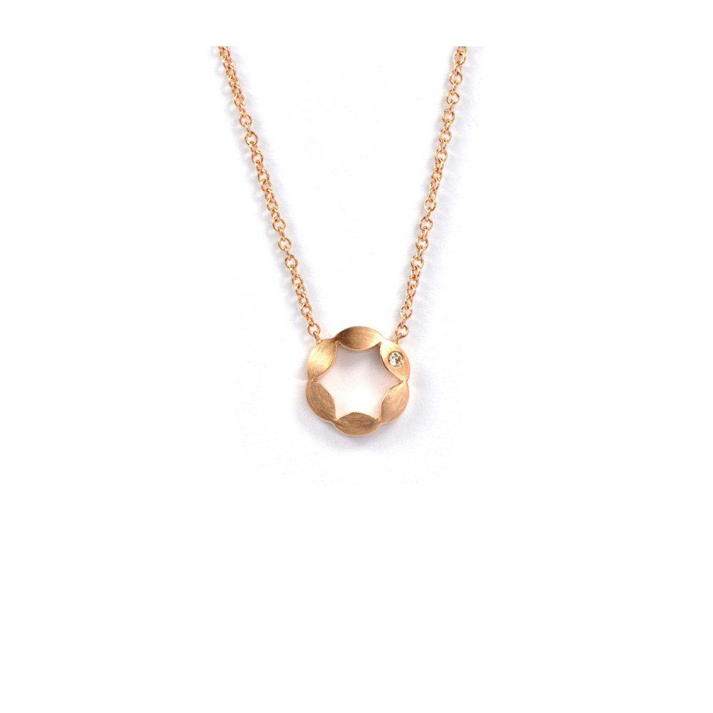 Juliet pendant - single diamond