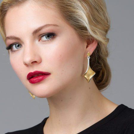 Long golden twist dtop earrings