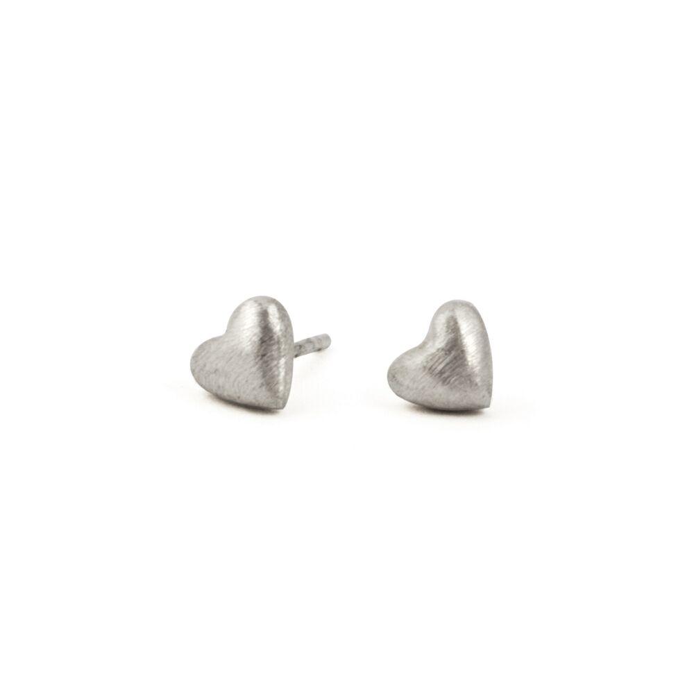 Tiny hearts earrings - silver