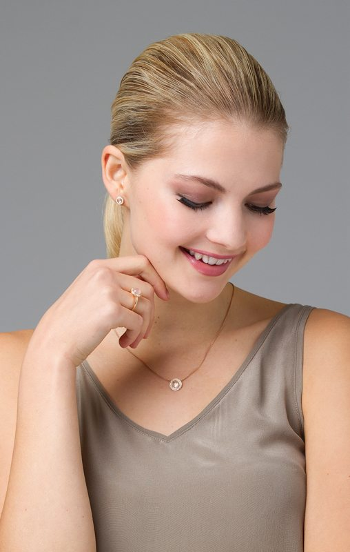 Nectar earrings, ring and pendant