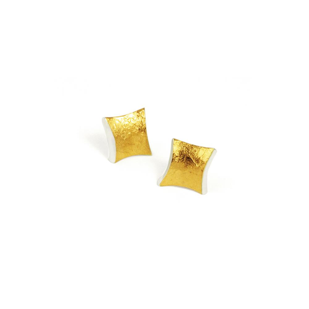 Golden twist stud earrings