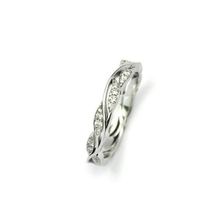White gold leaf ring with diamonds