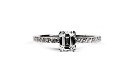 Baguettte cut diamond engagement ring