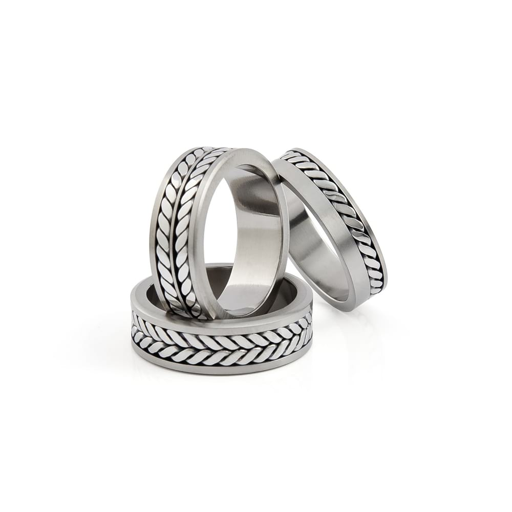 TWIST TITANIUM WEDDING RING WITH CELTIC DETAIL