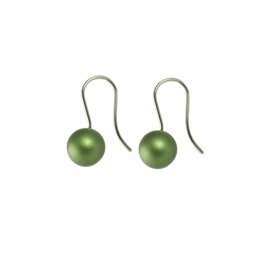 Round drop earrings - green